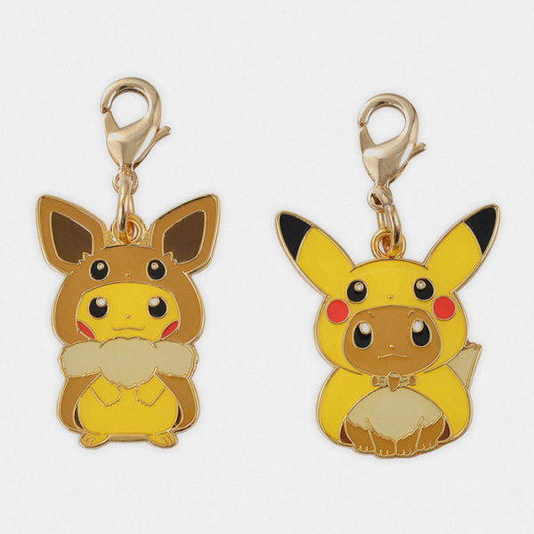 Pokémon Center Pikachu & Eevee Poncho Charm Set